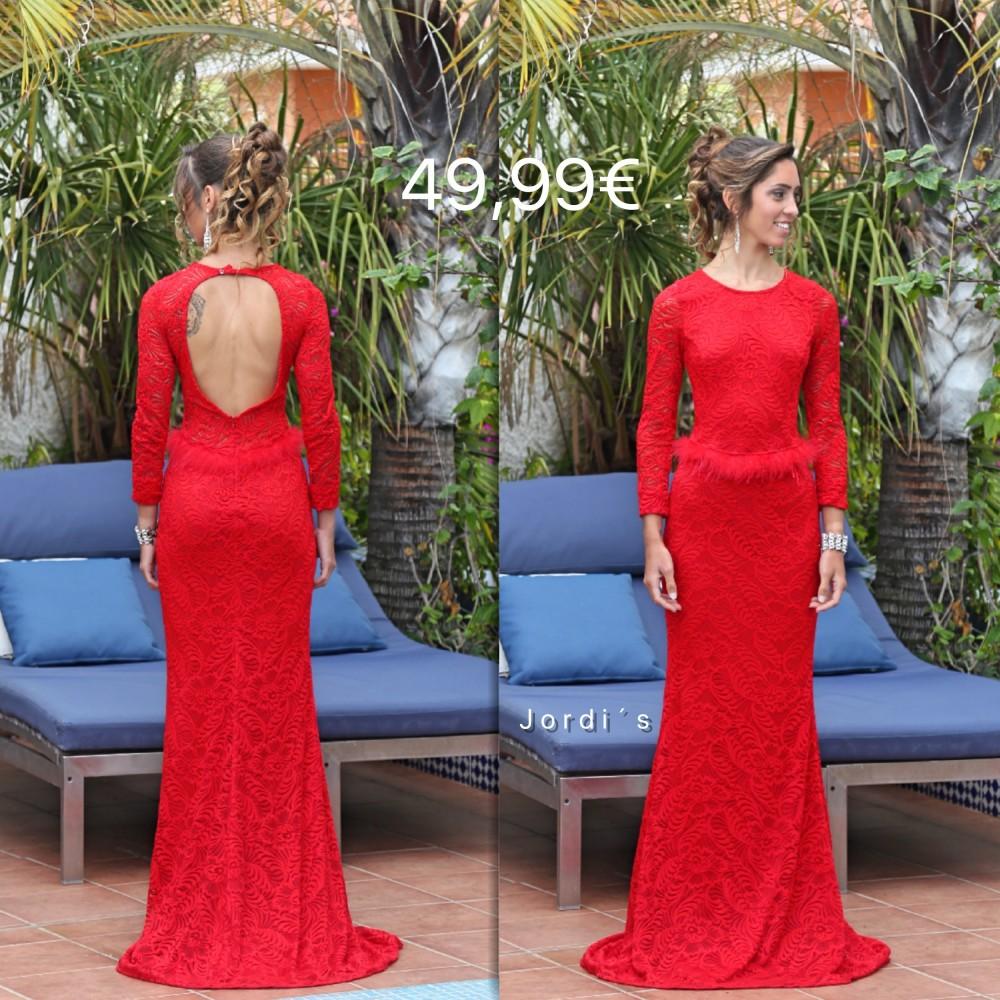Vestido Rojo Encaje y Plumas