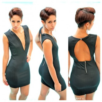 Vestido Negro Escote
